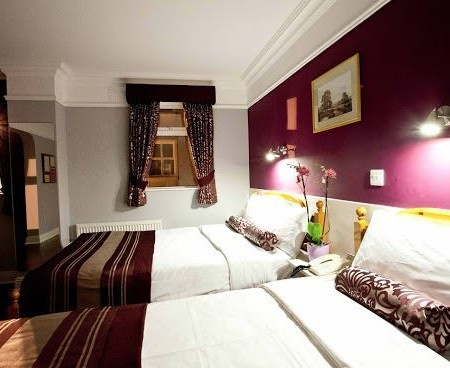 Double Rooms sharing Interior Rooms in Hydro Hotel The Outing Lisdoonvarna LGBT Matchmaking & Music Festival