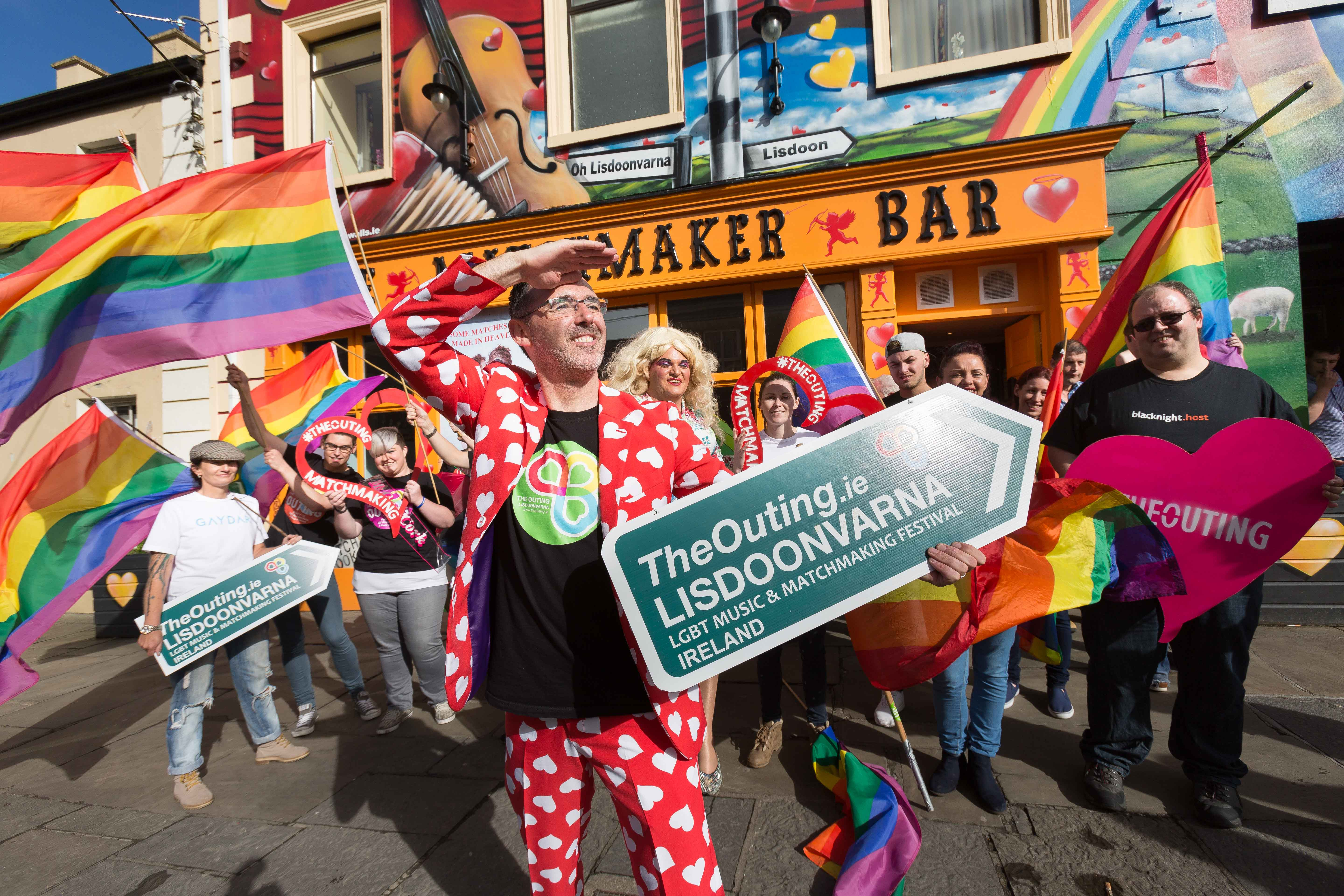 eddie-mcguinness-looking-out-for-love-at-the-outing-lgbt-matchmaking-music-festival-lisdoonvarna